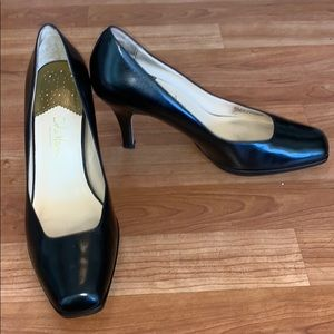 Black Cole Haan Nike Air Paten Leather Pumps